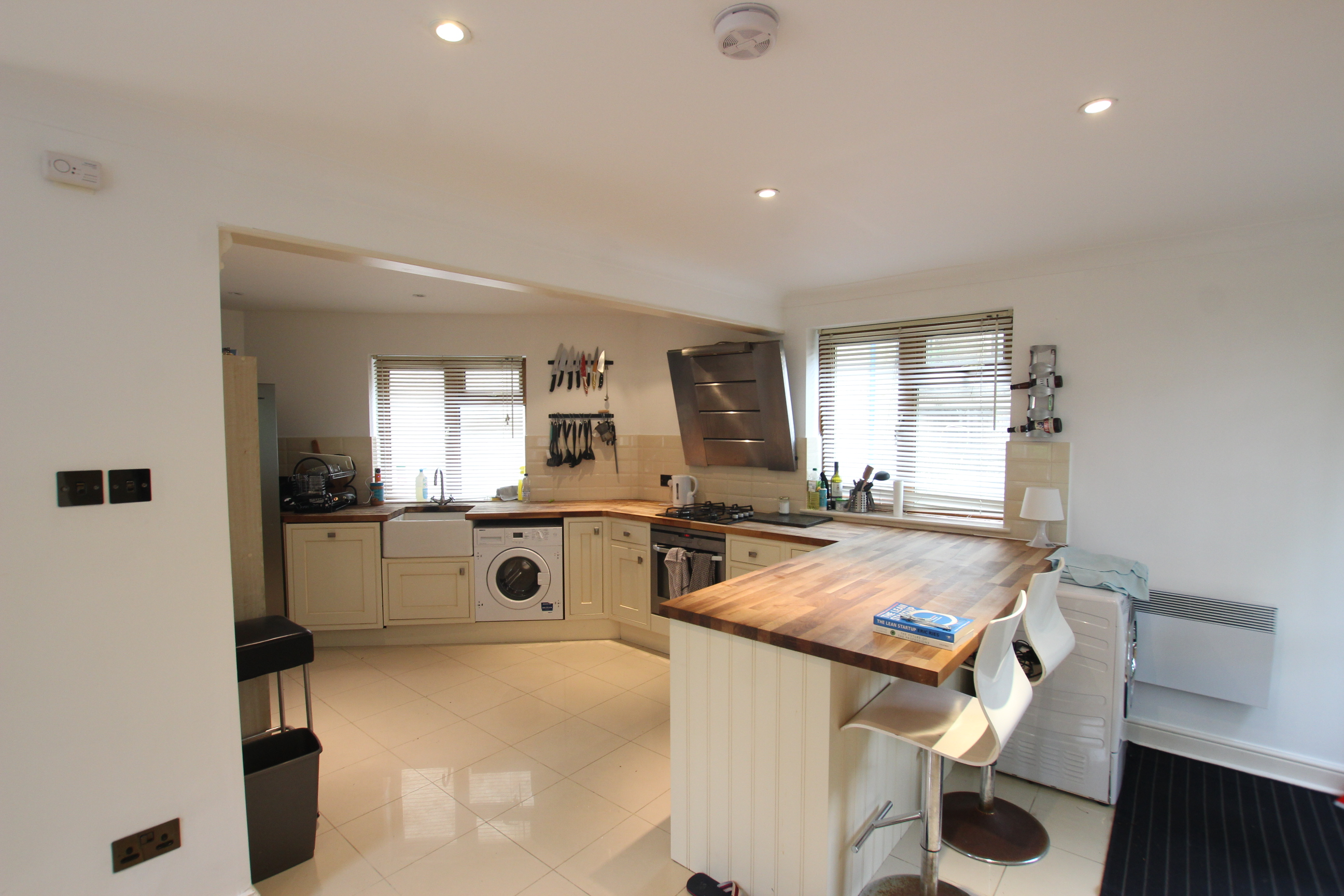 Three Double Bedroom House- Wapping