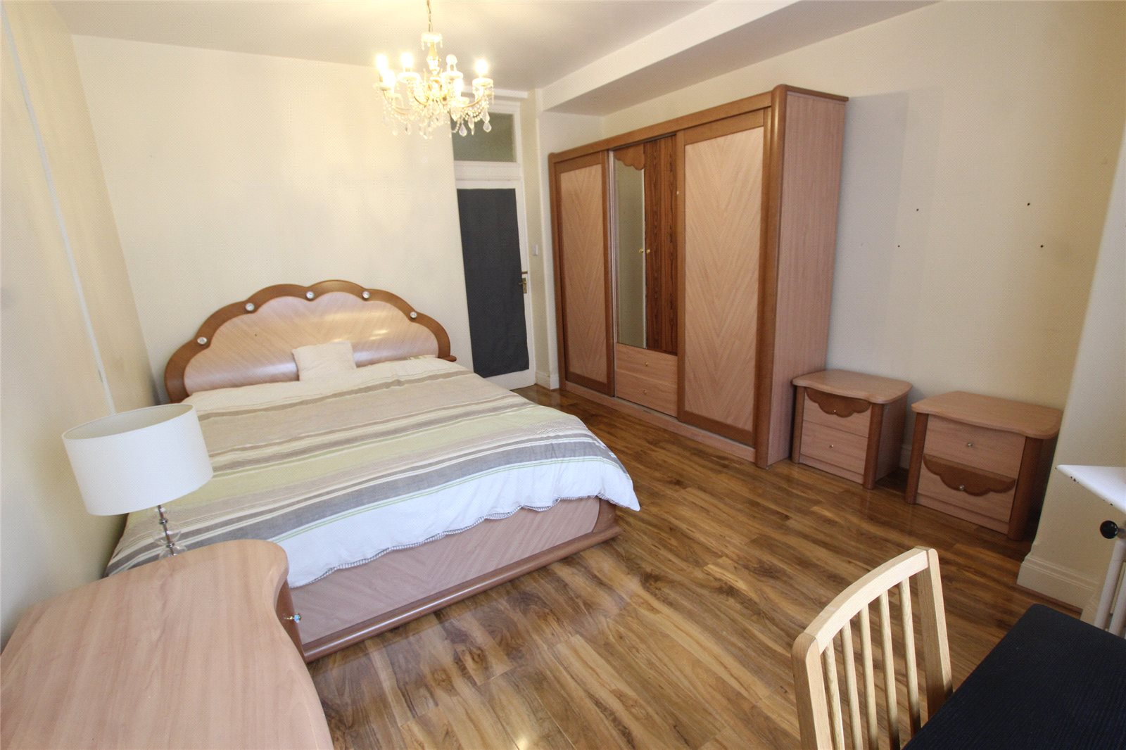 Three Double Bedroom Flat to rent- Westminster.